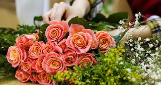 Individuals can sell flowers as their cancer fundraising idea.